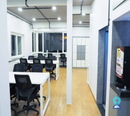 Co-Working Space in Majuragte, Surat