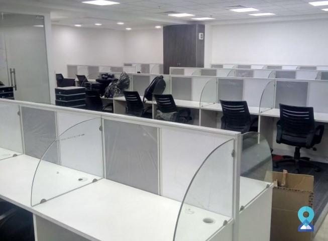 Business Centre in Udyog Vihar Phase - 4